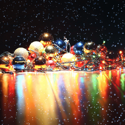La celebració nadalenca més llarga Christmas blog post christmas ornaments on black table inlingua Andorra