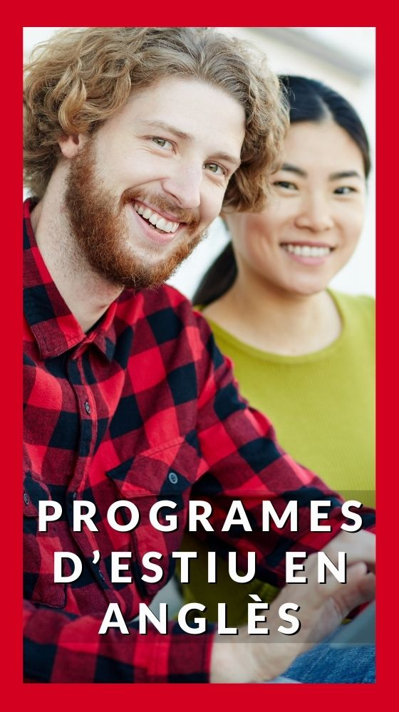 Two adults smiling- Adult summer programs at inlingua